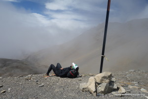 Taking a break during 1600m+ of descent from Thorun la